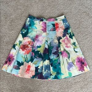 Soft surrounding floral skirt sz sm petite